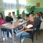 """Trzynastu uczestników projektu """"Pomagając innym – pomagamy sobie"""" kontynuuje udział w projekcie"""